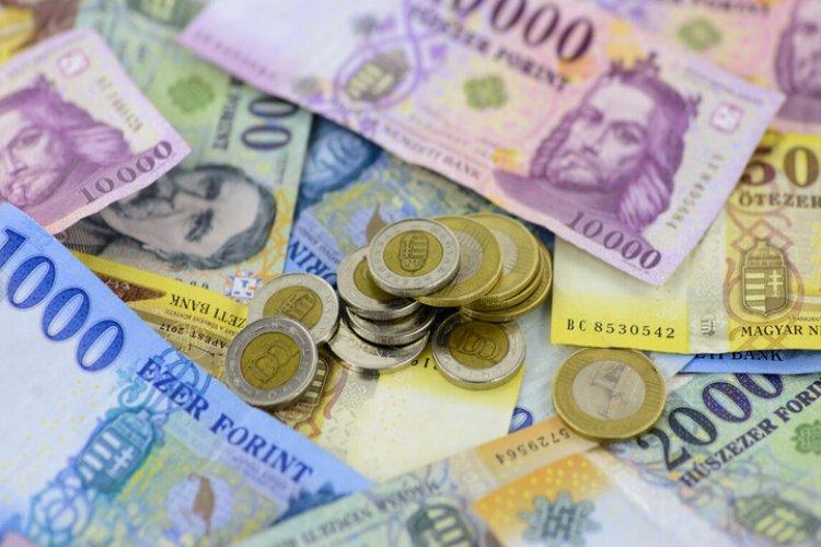 75 éves a magyar forint